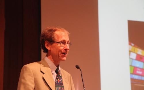 Jan Vandemoortele -Zijn de Sustainable Development Goals opgewassen om de twee grote uitdagingen van onze tijd aan te gaan? © RAOS